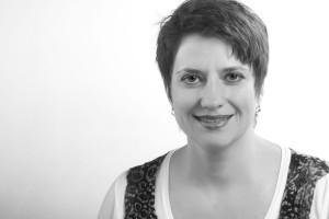 Anna Martyn, Back Office
